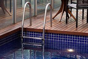 Foto Piscina e Escada da Piscina Tropikalya Gold Hotel